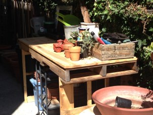 New working pallet potting bench