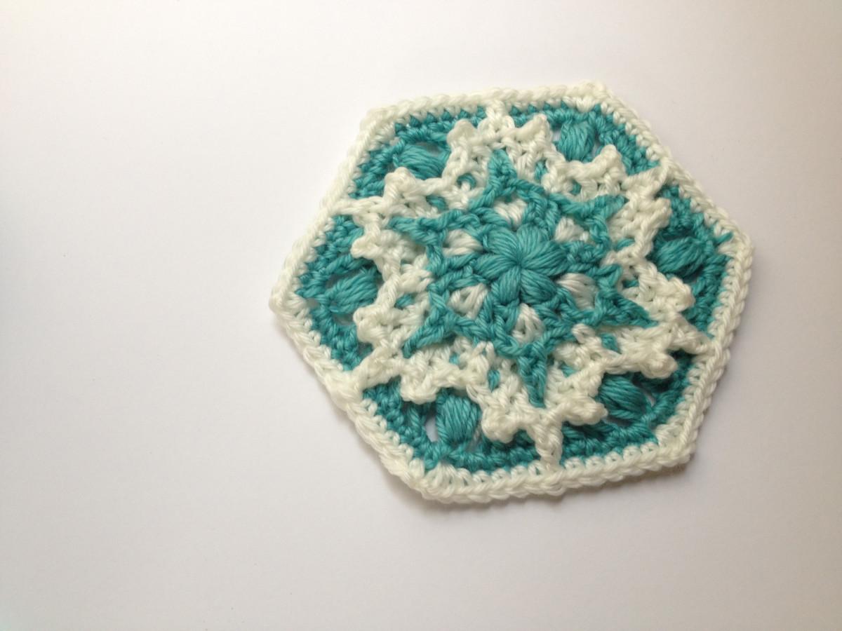 Blizzard Warning Hexagon Pattern