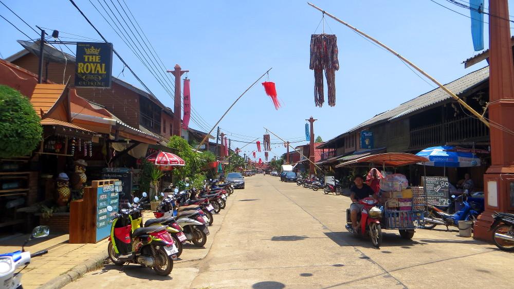 Hauptstraße von Lanta Old Town