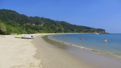 Strand in der Kantiang Bay