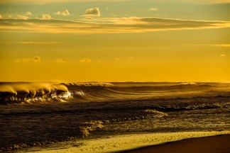 Montauk golden surf