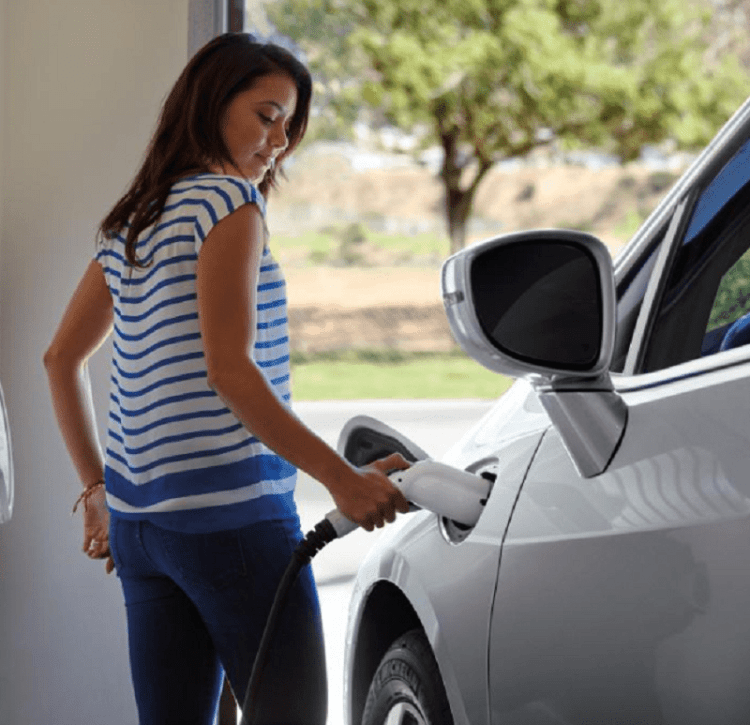 FCA-Improves-The-Purchase-Experience-For-Electric-Vehicles