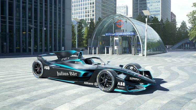 Formula E Reveals Gen 2 EVO World Championship Car at Canary Wharf Station