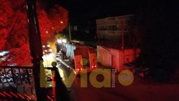 ανάσυρση του πυροσβεστικού οχήματος στο Κοντοδεσπίτι