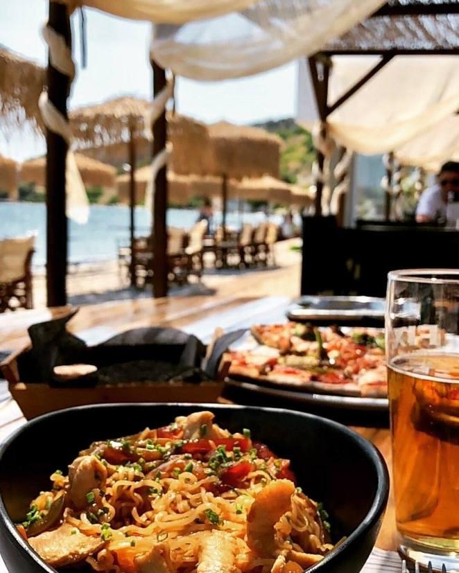 Baluse Seascape All Day Bar