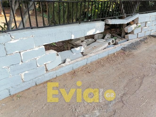 Καστέλλα Ευβοίας: Γέμισαν οι δρόμοι από τα κατεστραμμένα