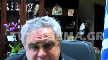 είπε φανερά εκνευρισμένος ο Δήμαρχος Διρφύων Μεσσαπίων Γιώργος Ψαθάς στην επικεφαλής της Μείζονος αντιπολίτευσης Τζοβάννα Γκόγκου