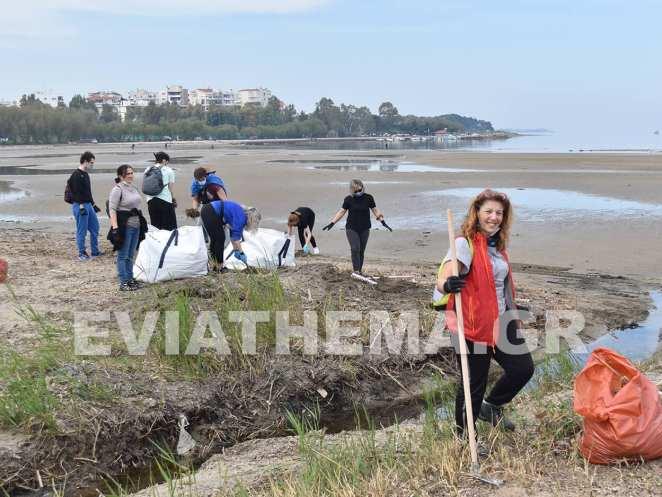 Στην Λιαννή Άμμο στην Χαλκίδα βρέθηκε σήμερα η εθελοντική ομάδα Save Your Hood