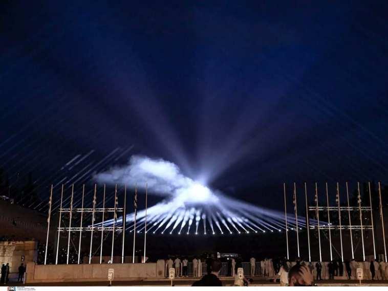 Dior: Φαντασμαγορική η επίδειξη μόδας στο Καλλιμάρμαρο