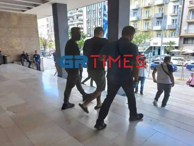 Θεσσαλονίκη λήστεψε 88χρονη