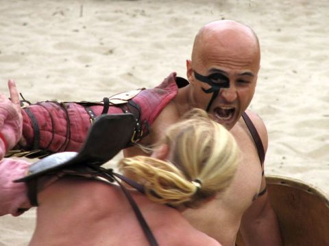 Roman gladiators fighting
