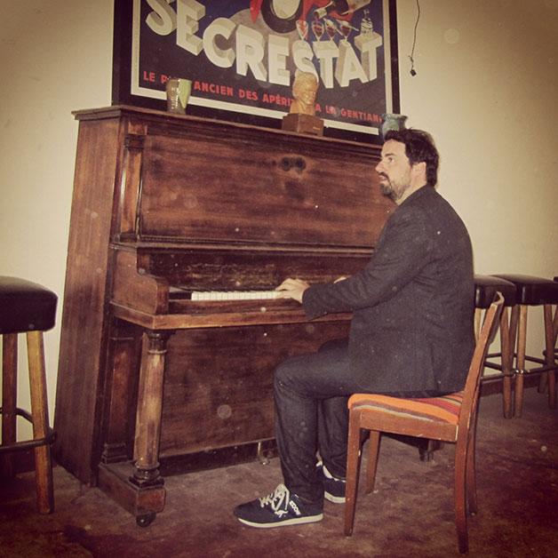 peadar-wolfhound-piano