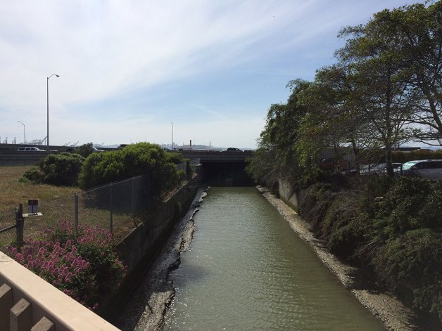 highway-80-emeryville-trail-path-bridge-temescal-canal