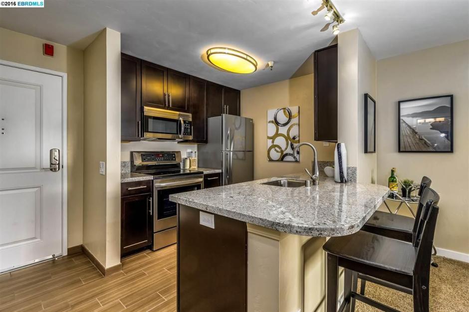 6400 Christie Avenue #2418 Kitchen