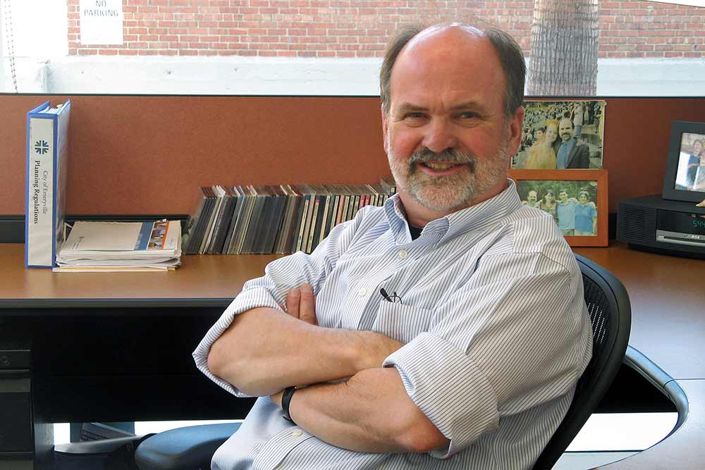Australian online News Source interviews Emeryville Community Development Director Charles Bryant