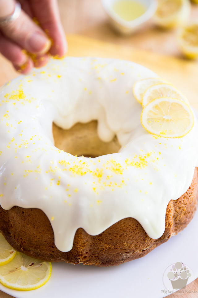 Icing the cake - Lemon Cream Cheese Bundt Cake step-by-step instructions