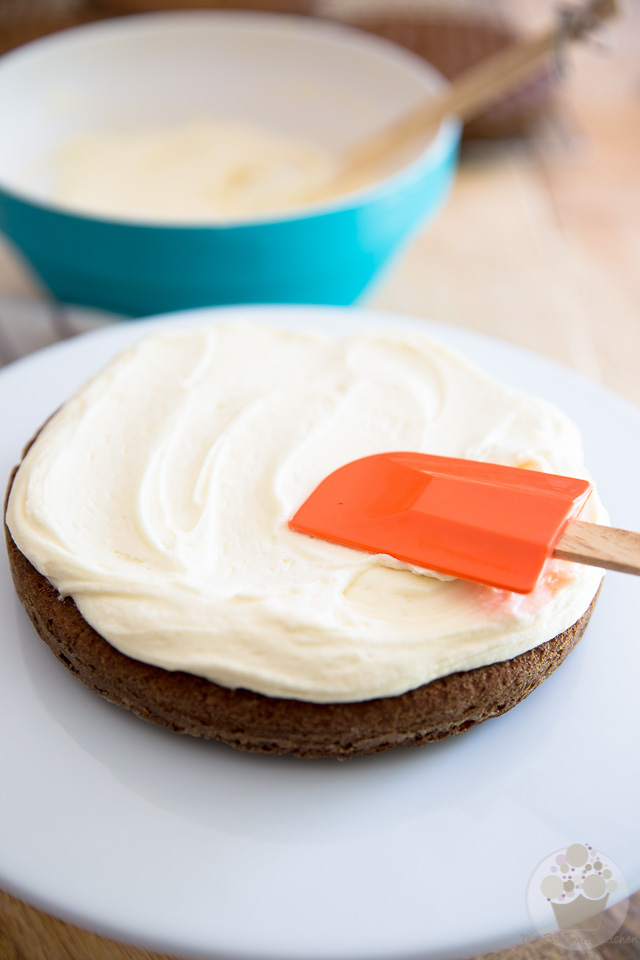 Naked Carrot Cake | Assembly - Step-by-step instructions on eviltwin.kitchen
