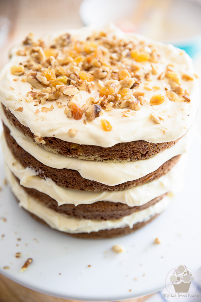 Naked Carrot Cake   Assembly - Step-by-step instructions on eviltwin.kitchen