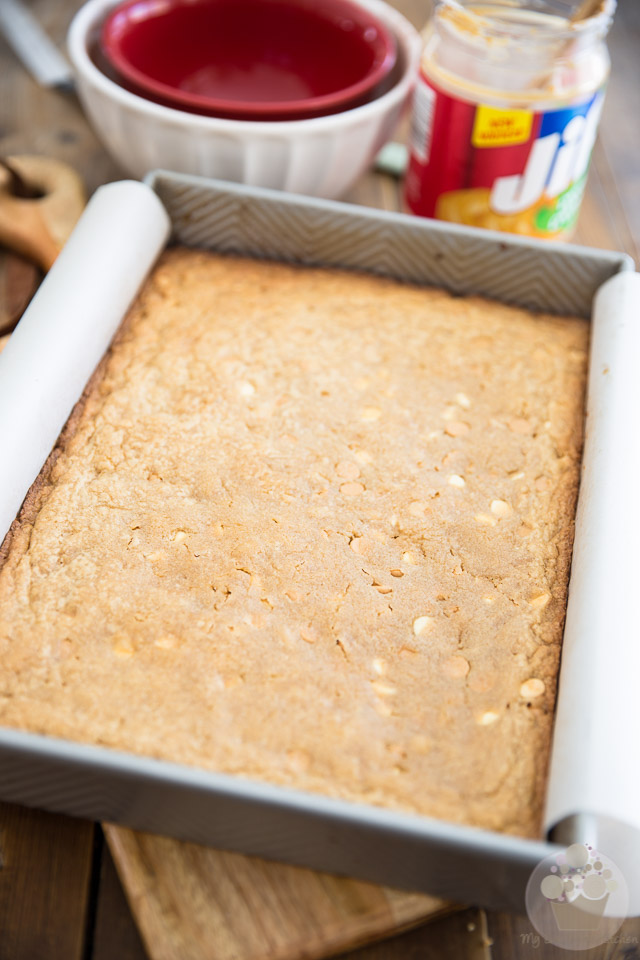 Peanut Butter Chocolate Cookie Dough Blondies by My Evil Twin's Kitchen   Recipe and step-by-step instructions on eviltwin.kitchen