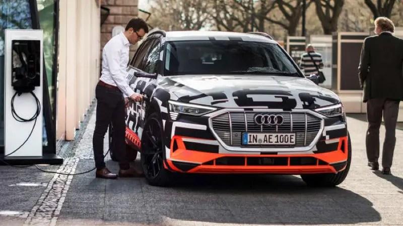 Audi-e-tron_charging