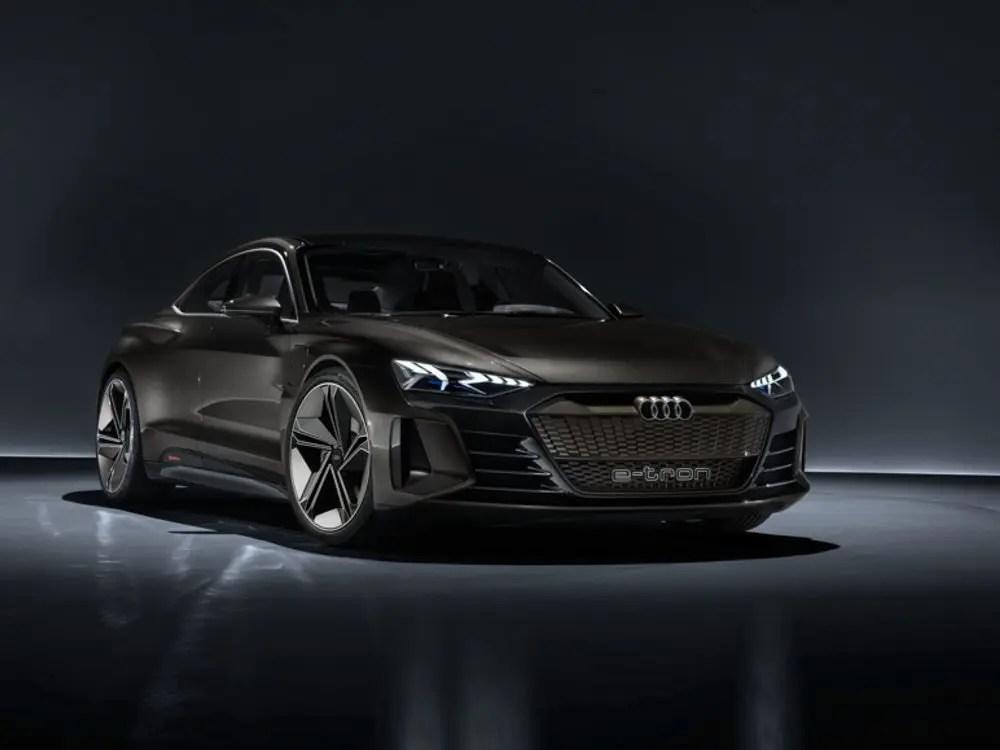 Audi e-tron GT front angle