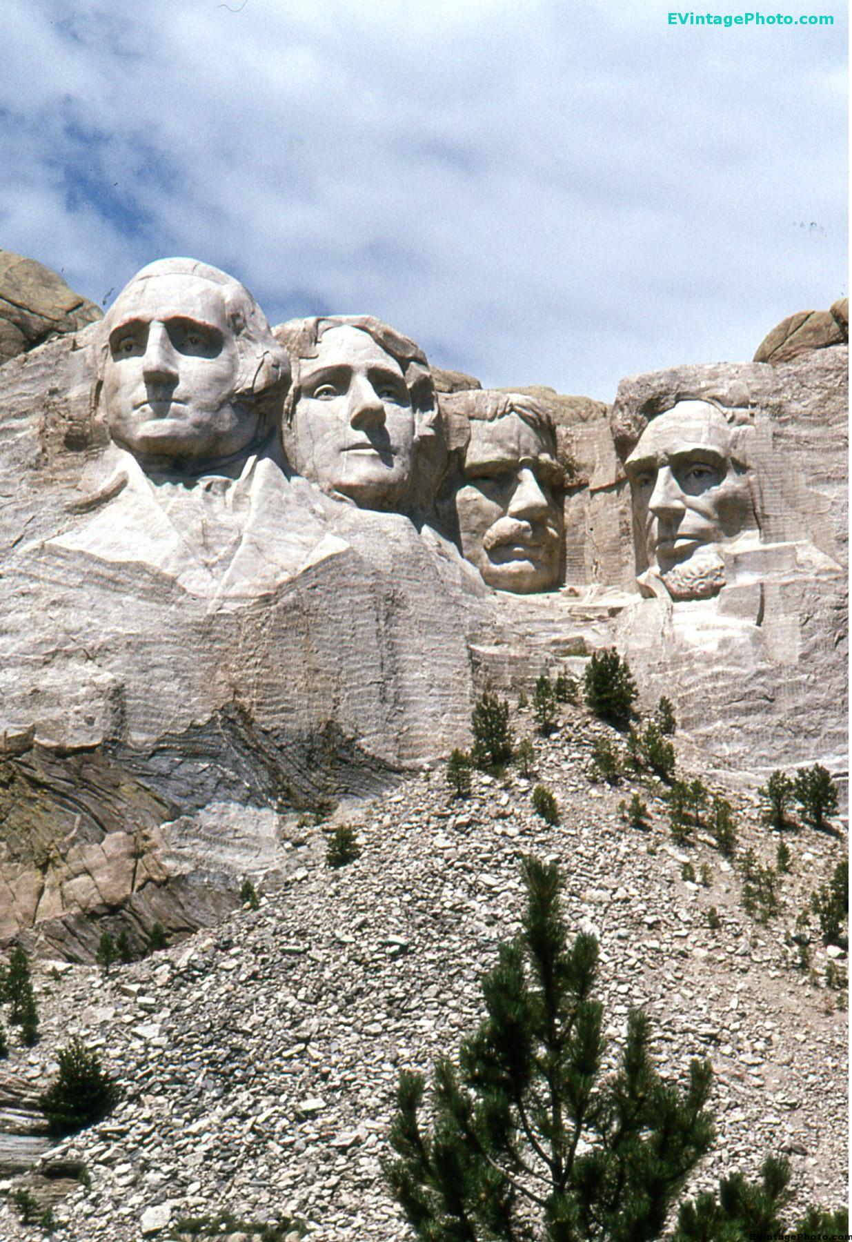 Vintage Mt Rushmore