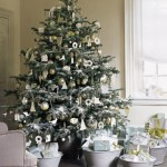 ml012_hol08_glitter_tree_hd