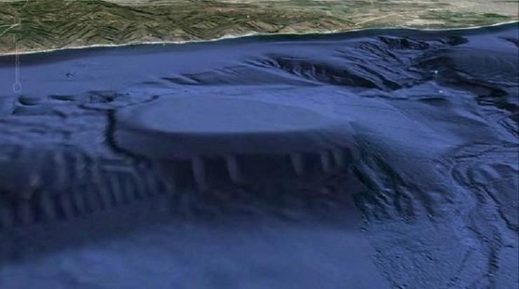 Дно океана оккупировано пришельцами?