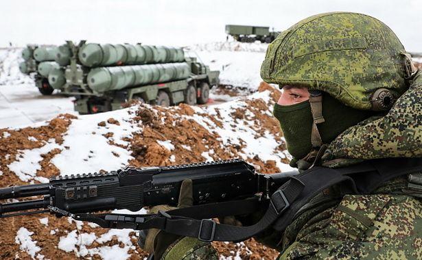 Напряженность между Россией и Украиной нарастает с 2014 года.