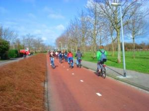Bike-only roads with green spaces on the side quite common inGroningen, Netherlands. Image Credit:Zachary Shahan/Bikocity