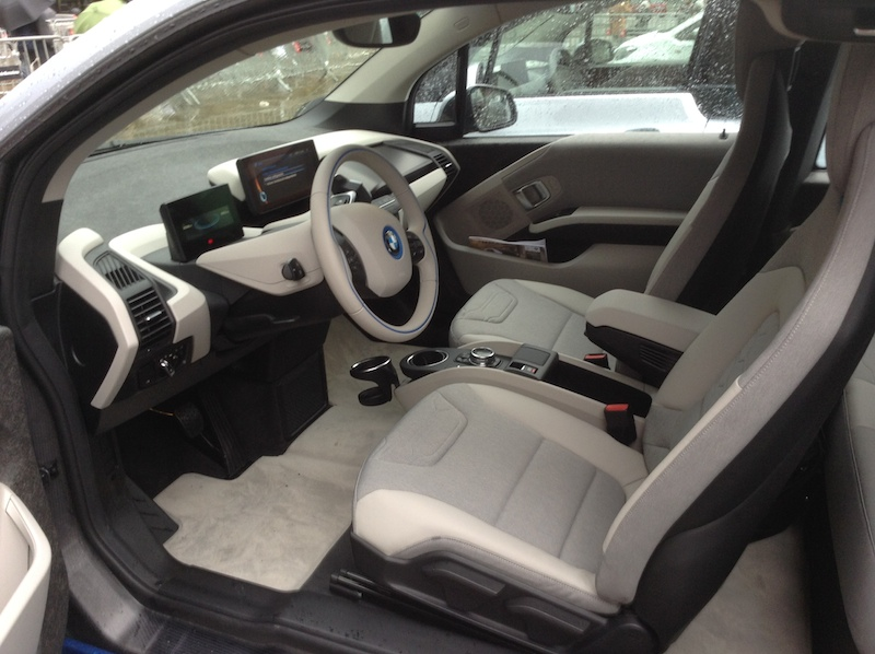 BMW i3 front interior at Arc de Triompf in Barcelona, Spain.(This image is available for republishing and even modification under a CC BY-SA license, with the key requirement being that credit be given to Zachary Shahan / EV Obsession/ CleanTechnica, and that those links not be removed.)