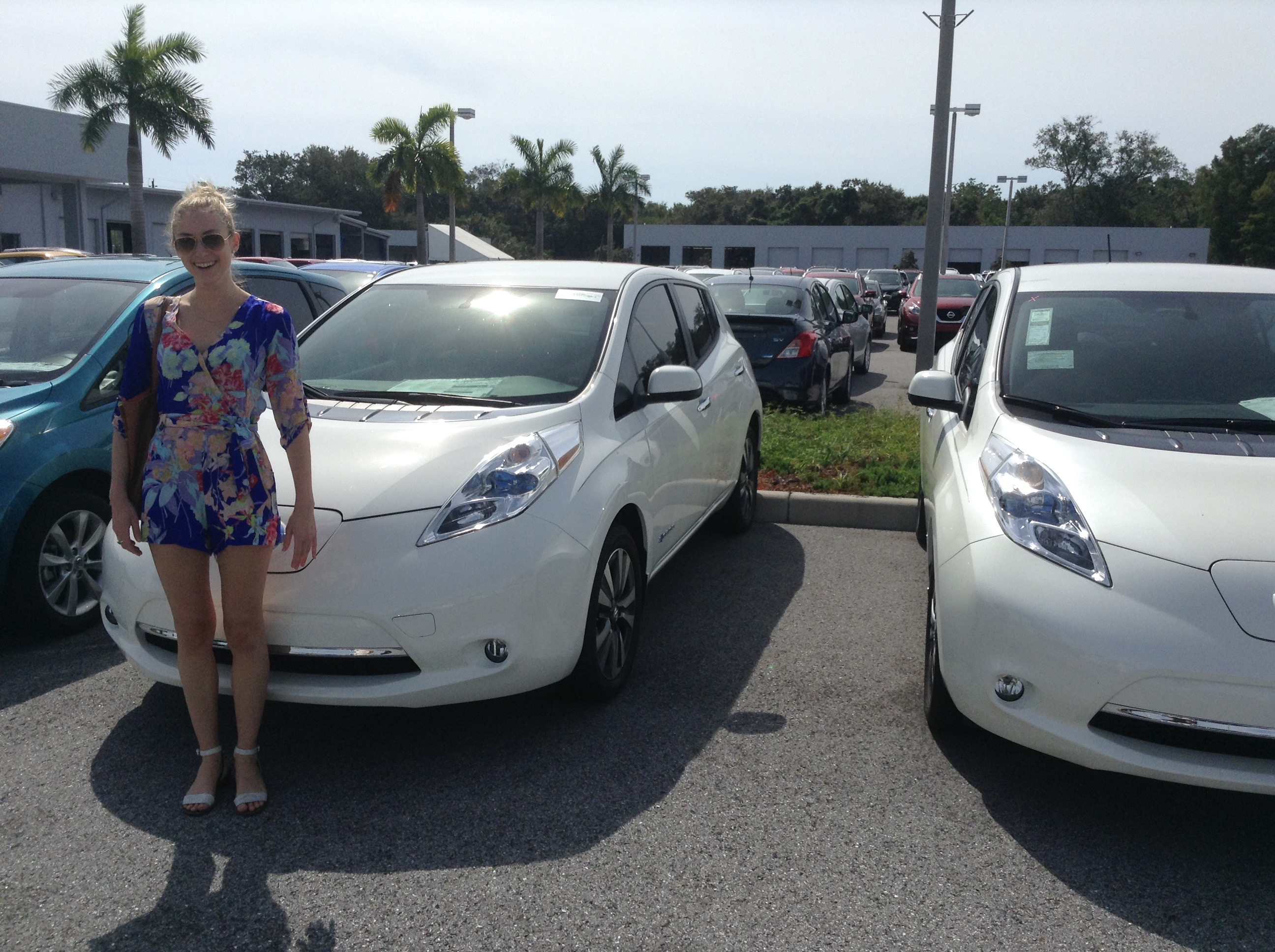 Tesla Crushes Nissan Gm In Electric Car Sales