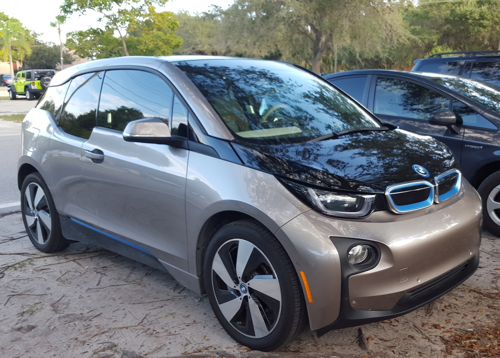 Most Fuel Efficient Cars In USA (2016) −