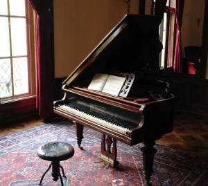 A grand piano whose moving will increase moving quotes New Braunfels.