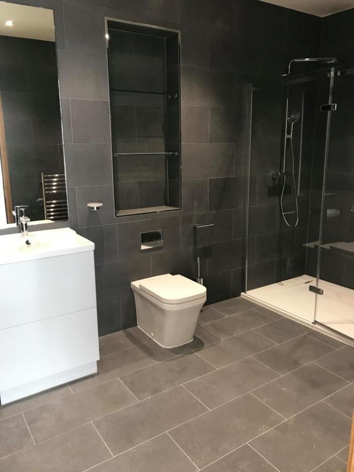 Jeremy Hunt Luxury Bathroom 3