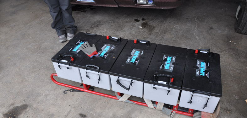 Installing our new Lifeline GPL-8DA Batteries from Centex Batteries in Texas before our full time RV adventure.