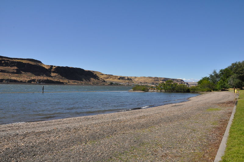 Swimming area at Maryhill State Park Campground, we were staying next door at Peach Beach RV park.