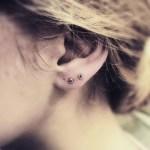 Прокалывали уши