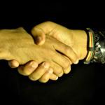 4242-shake-hands[1]