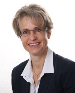 """Моника Хойзел, генерален мениджър на отдел """"Маркетинг"""""""