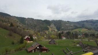 Village between Bran and Pitesti