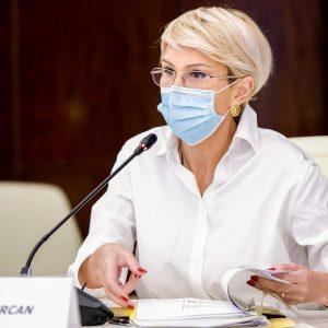 """Raluca Turcan, declarația orei despre pensii: """"Nu dorm bine noaptea..."""""""