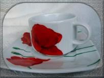 filiżanka malowana w maki