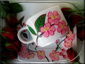 kwiaty jabłoni filiżanka