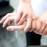 arm pain wrist pain hand pain osteopathy clinic nescot ewell