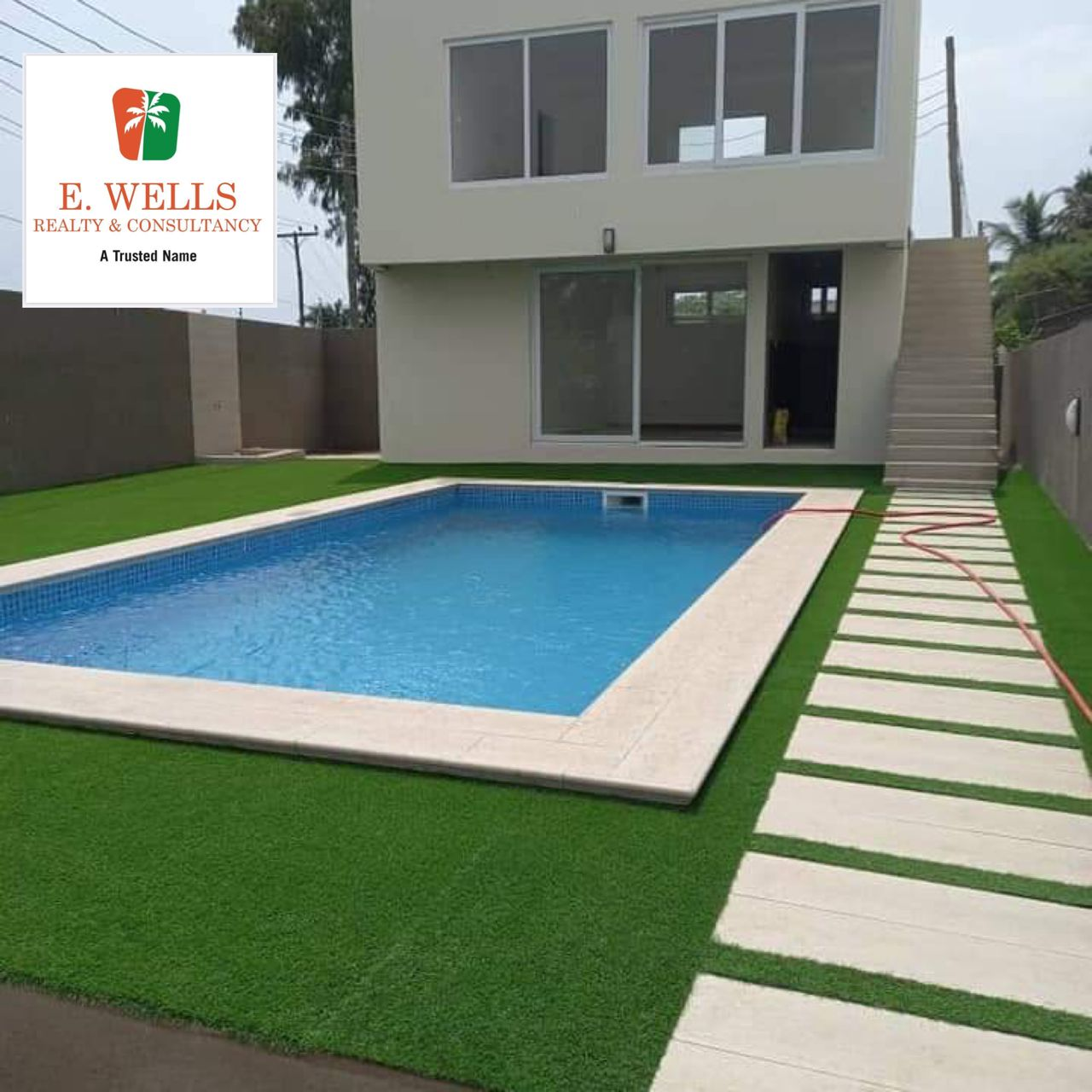 4 Bedroom townhouse  located in Cantonment