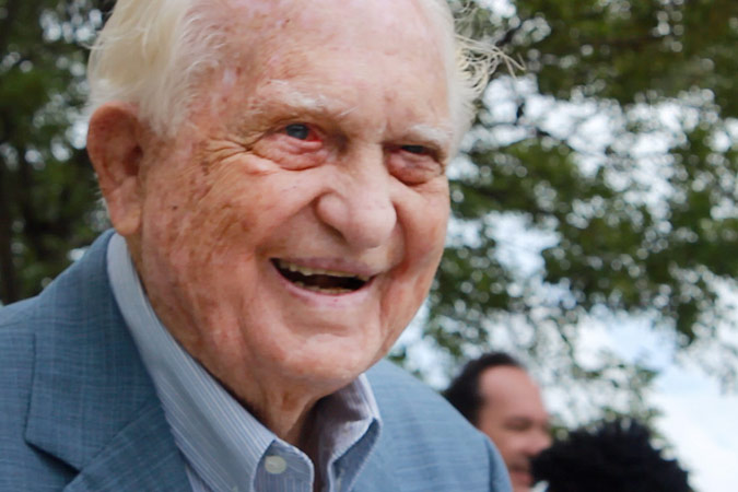 Breaking: Sir Durward Knowles dies at 100
