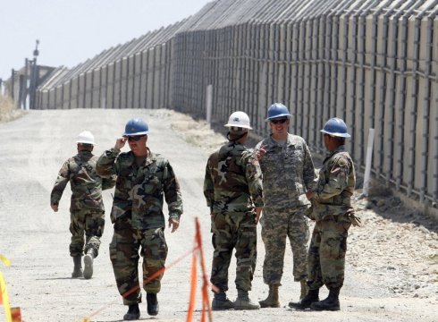 Trump to sign order sending National Guard to Mexican border