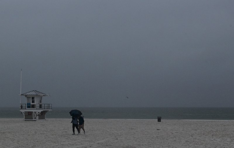 Storm Alberto maintains strength as it approaches Gulf Coast