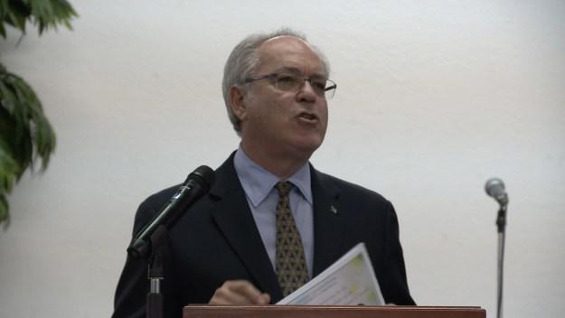Symonette touts better response time for citizenship applications